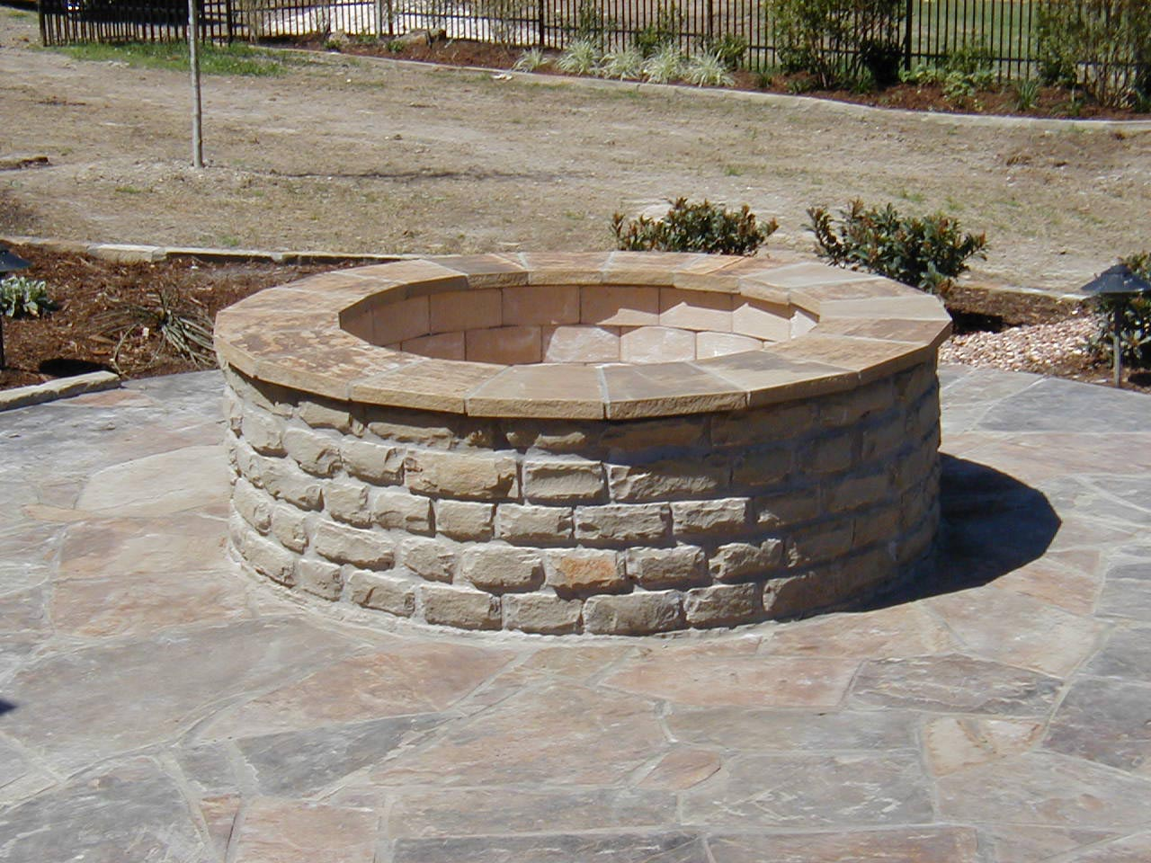 Brick fire pit ideas that you already knew fire pit for Brick fire pit construction
