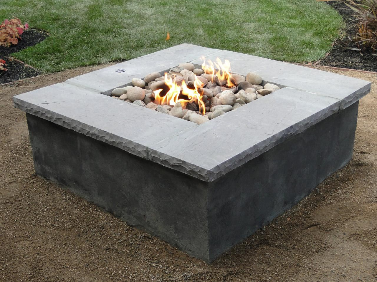 DIY Concrete Fire Pit Tutorial