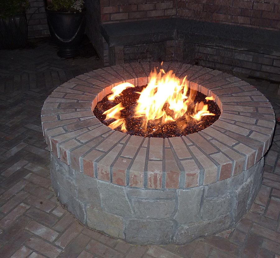 Brick outdoor fire pits modern patio outdoor for Best fire pit design