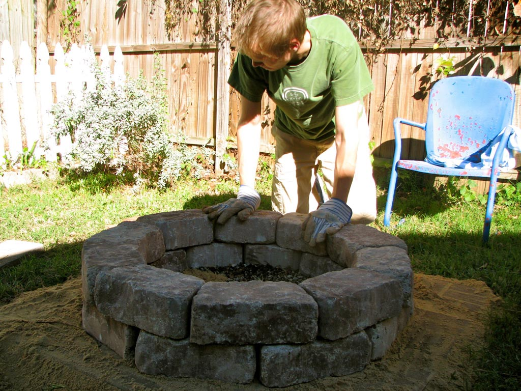 Easy Build Fire Pit