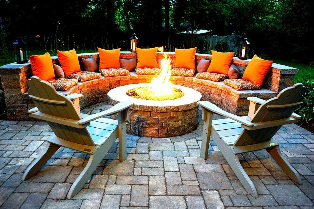 Fire Pit Sets with Seating