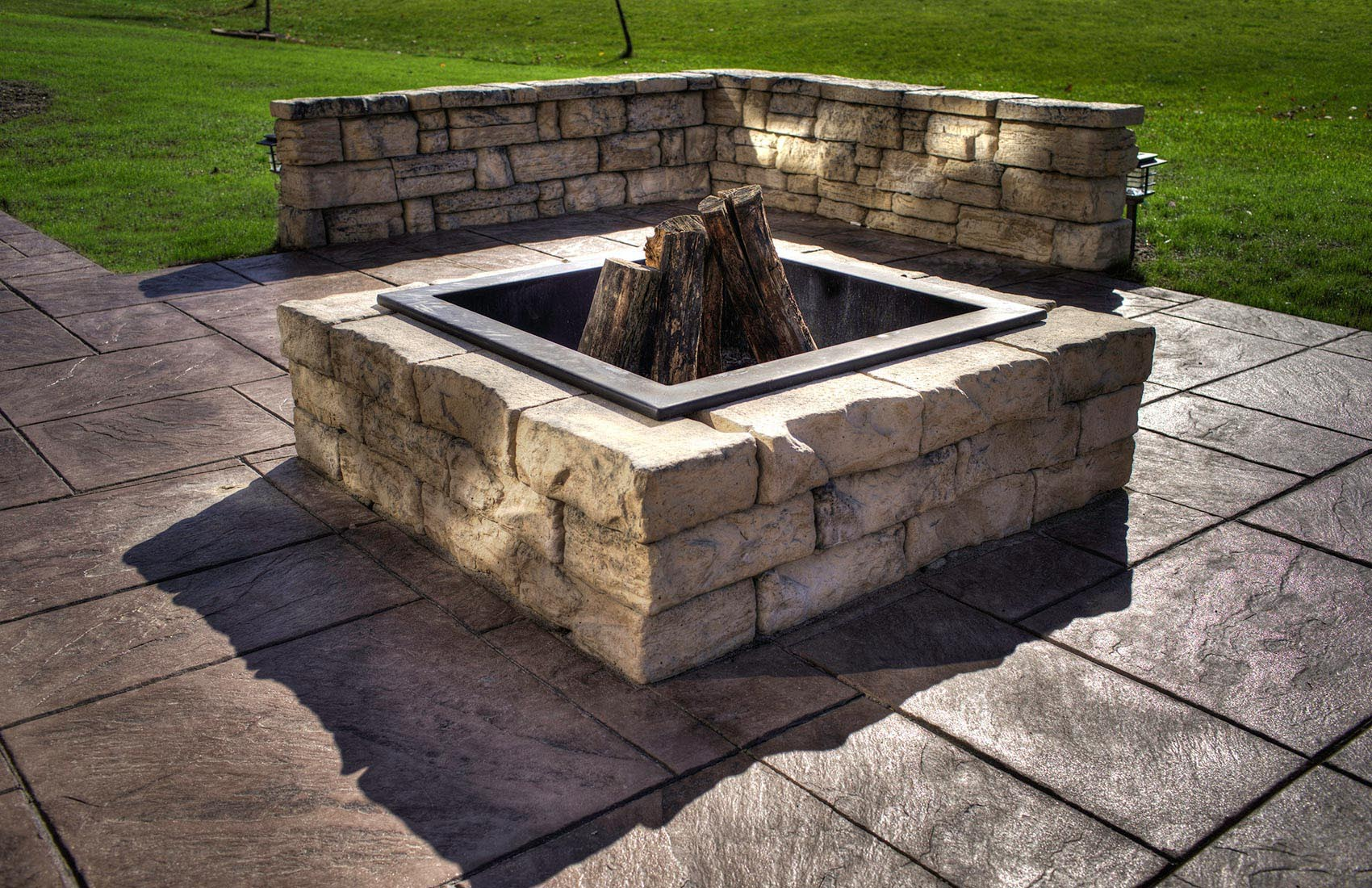 Flagstone Fire Pit Kit