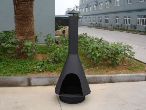 Outdoor Fire Pit with Chimney