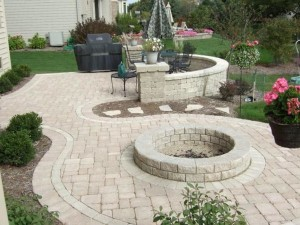 Patio with Fire Pit Designs