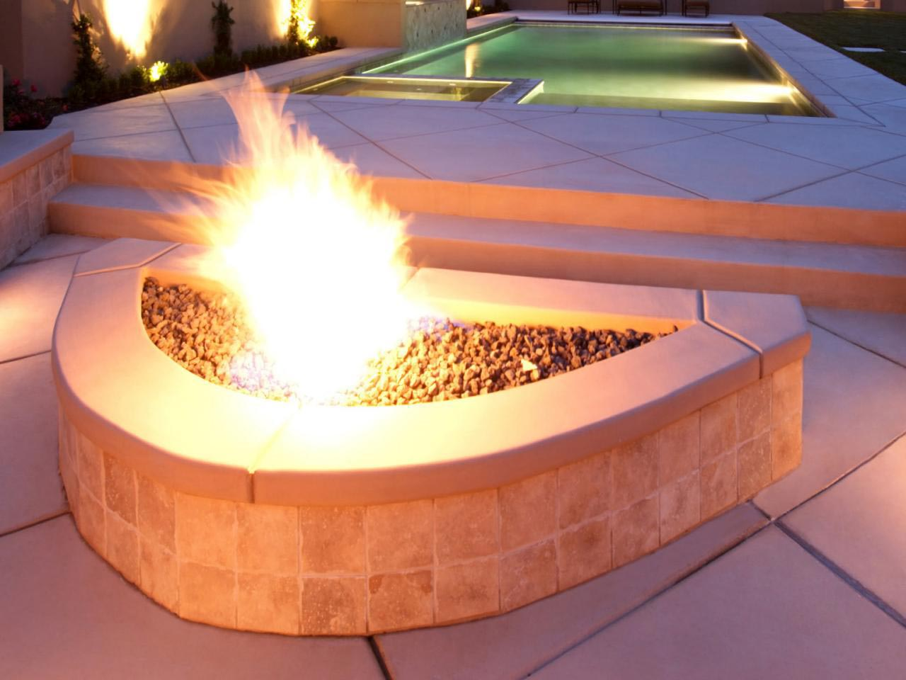 Build Gas Fire Pits Outdoor
