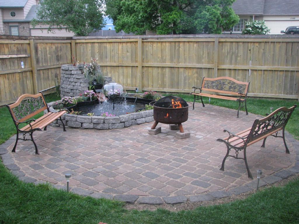 Small Patio Fire Pit Design