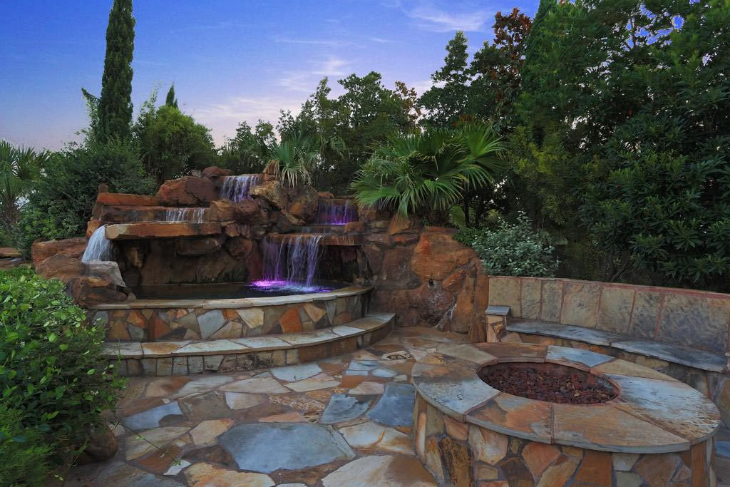 Building Fire Pit with Pavers