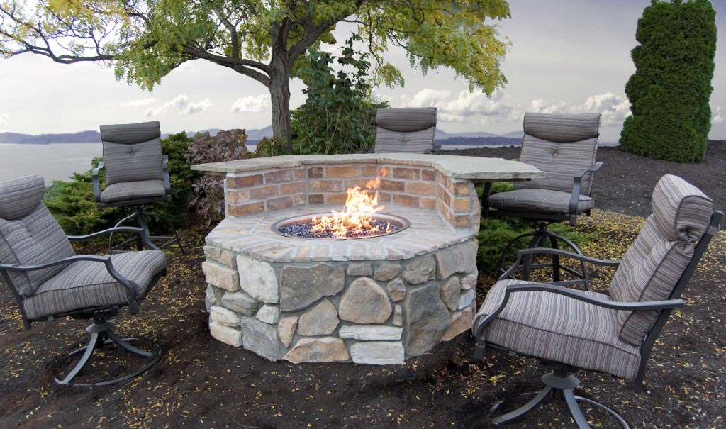 Block fire pit advantages over a campfire fire pit for How to build a fire pit with concrete blocks
