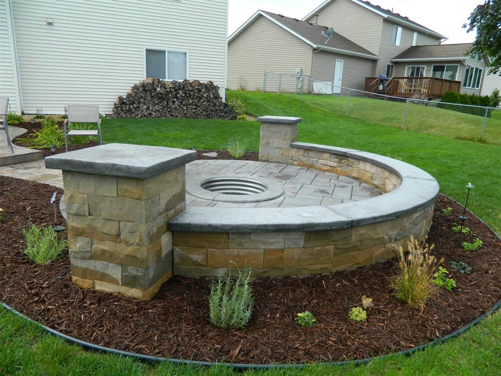 Cool looking fire pits fire pit design ideas for Best fire pit design