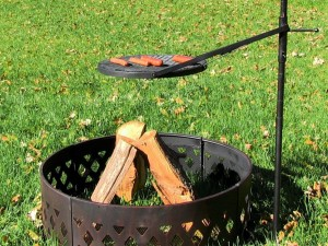 Cowboys Fire Pit Grill