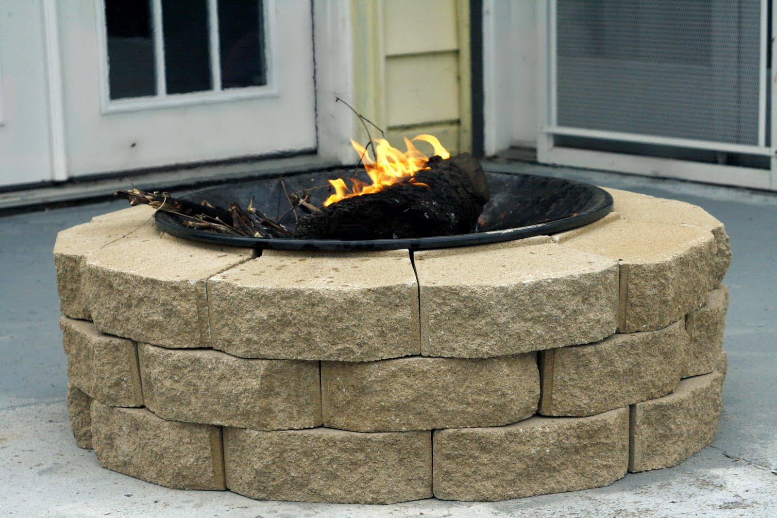 Fire pit pavers ideas fire pit design ideas for Do it yourself fire pit designs