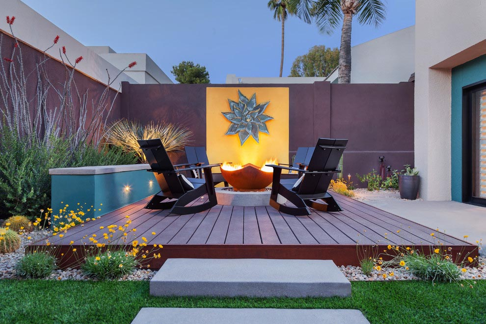 Fire Pit with Ceramic Tiles