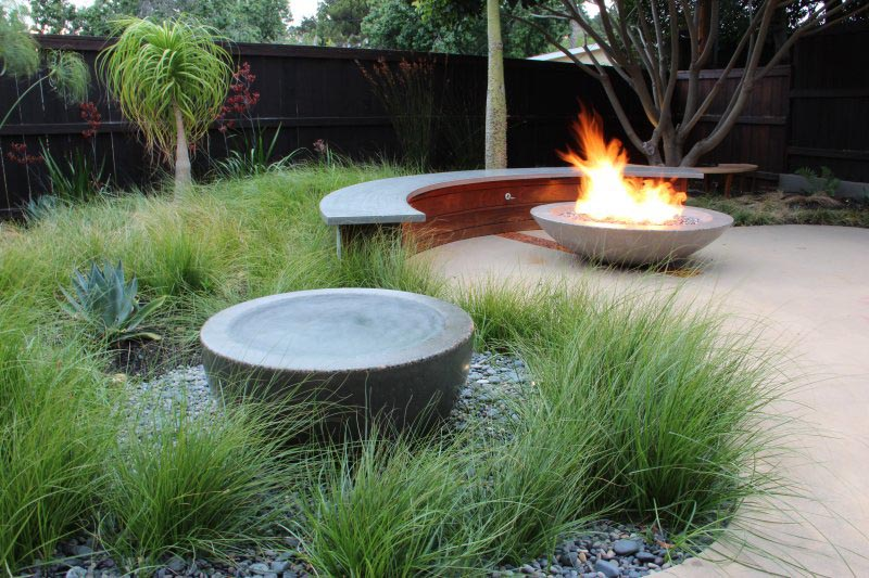 Gas fire pit modern fire pit design ideas for Modern fire pit ideas