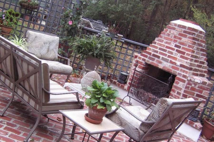 Homemade Fire Pit with Bricks