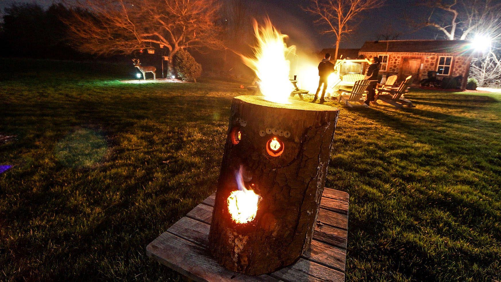 Make A Swedish Fire Log Fire Pit Design Ideas