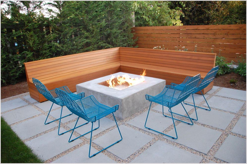 Modern concrete fire pit fire pit design ideas for Modern fire pit ideas