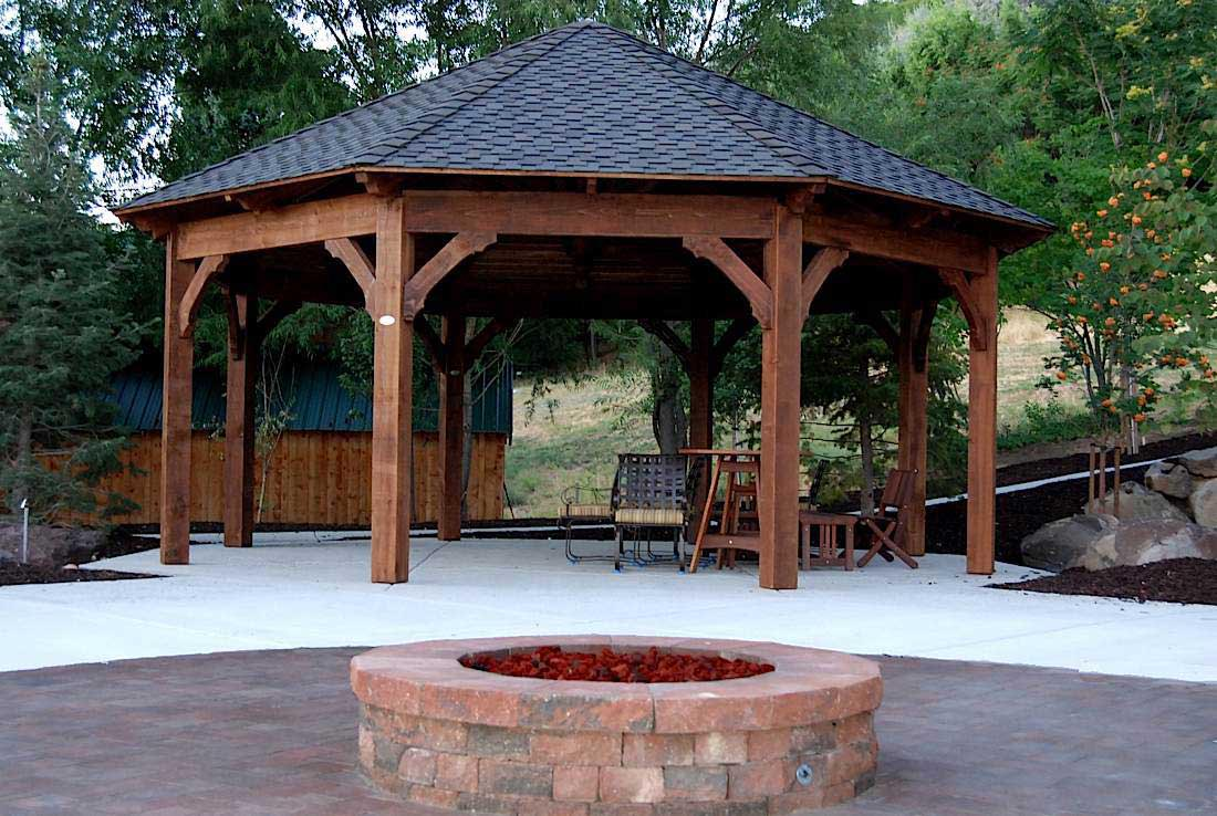 Octagon Fire Pit Swing
