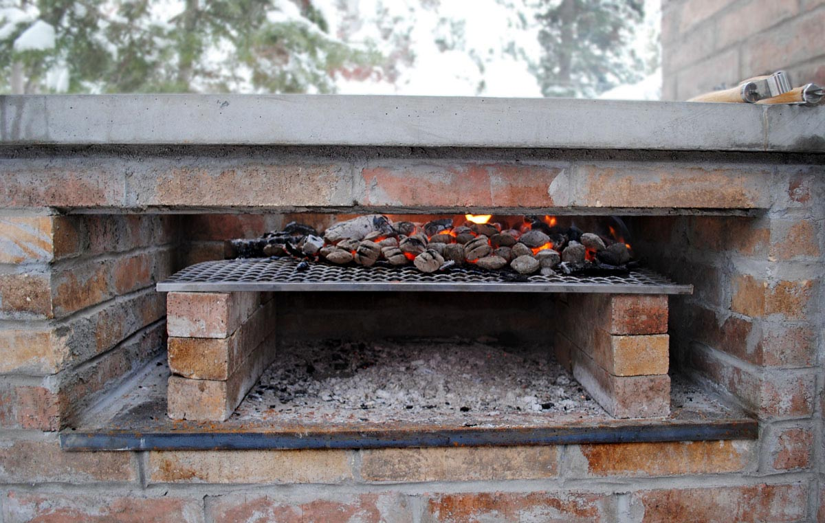 Outdoor Brick BBQ Smoker Plans