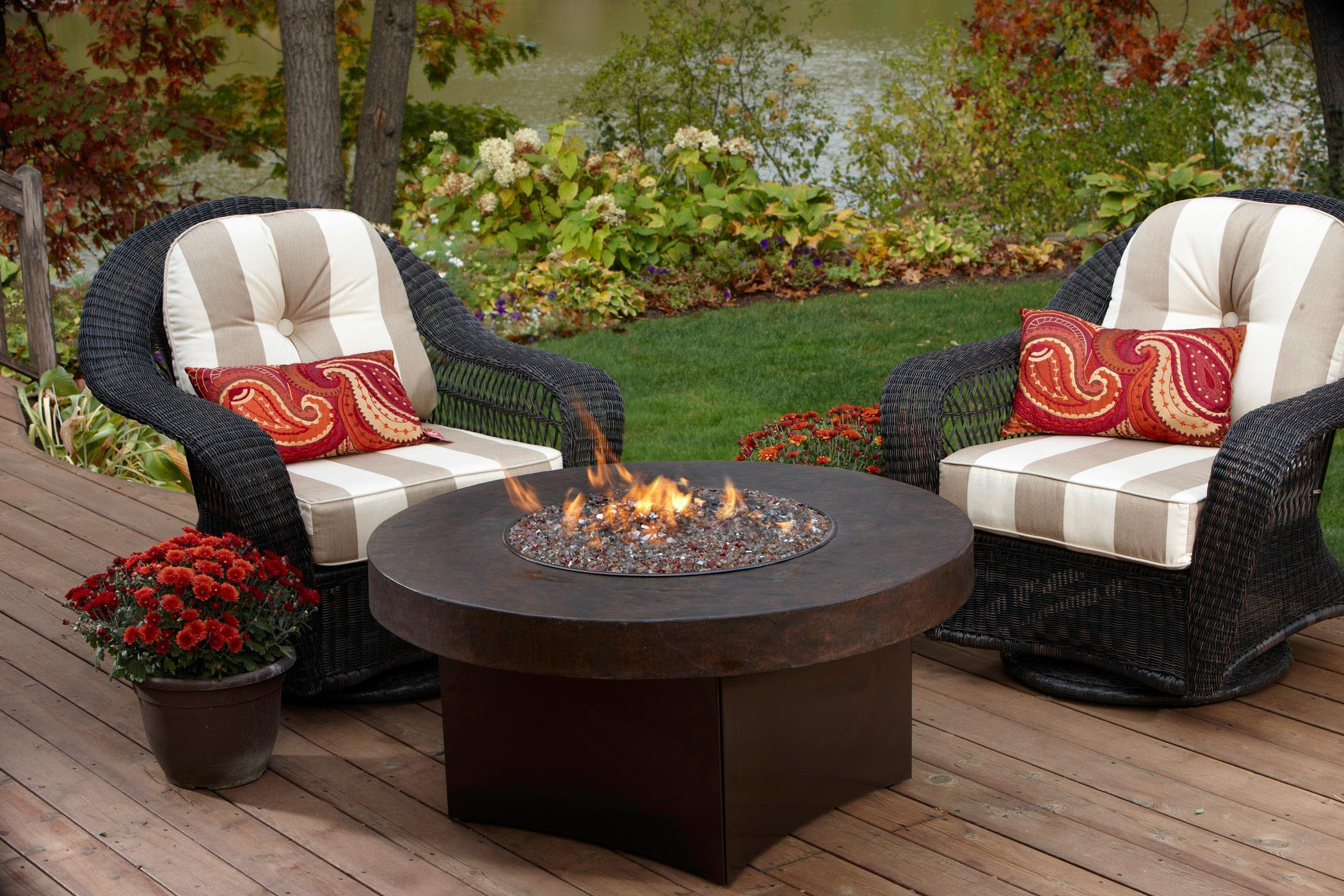 Outdoor Fire Pit Table and Chairs