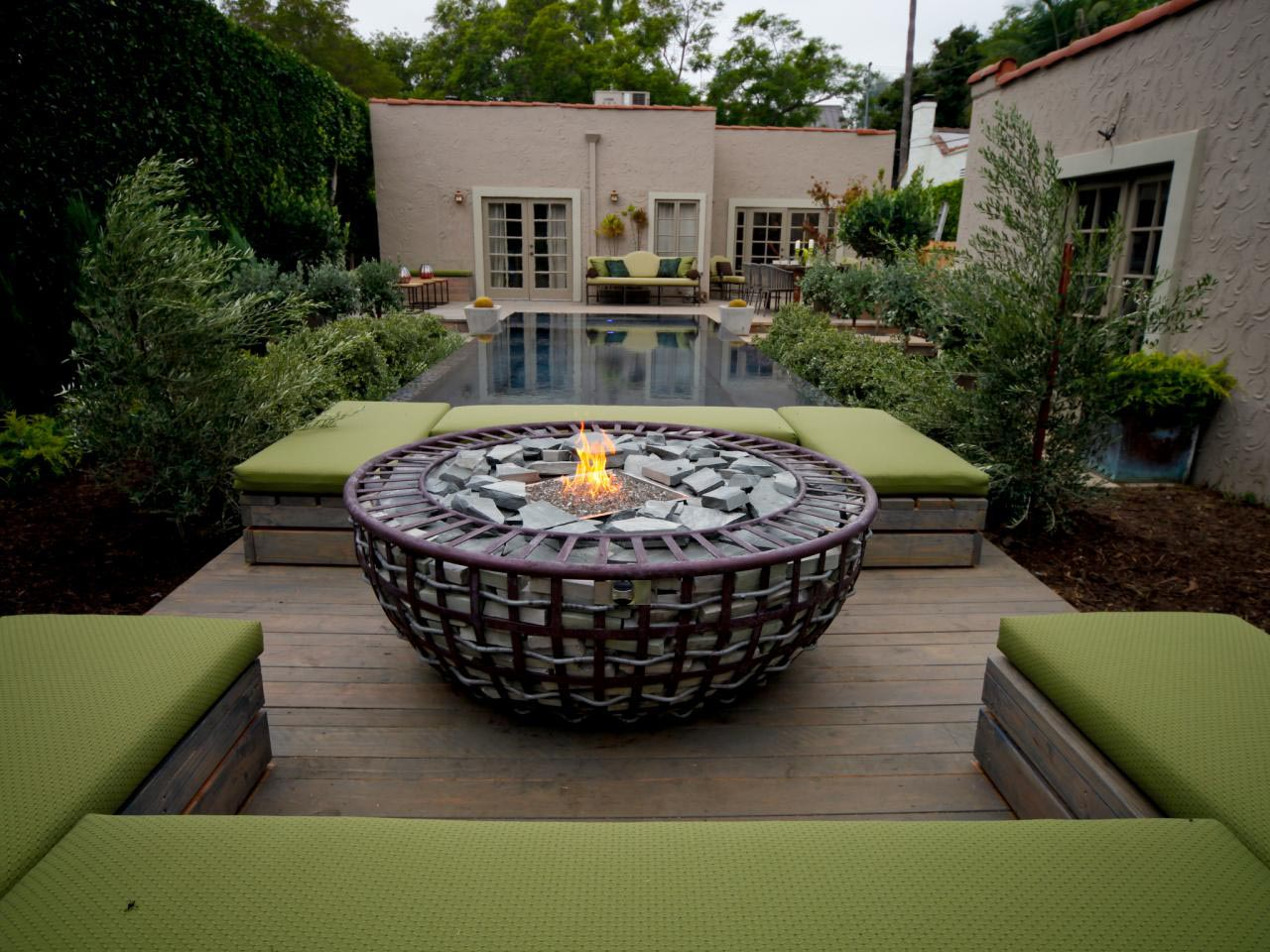 Sunken fire pit designs fire pit design ideas for Best fire pit design