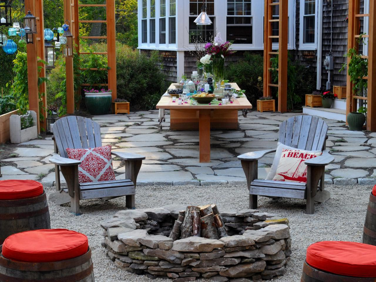 Sunken patio fire pit fire pit design ideas for Backyard rock fire pit ideas